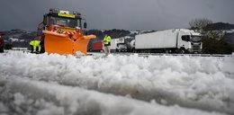Atak zimy w Hiszpanii. Nie żyje kierowca pługa śnieżnego