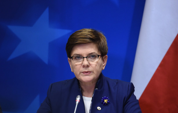 Premier Szydło zapewniła, że zrobi wszystko by program 500+ ruszył od kwietnia