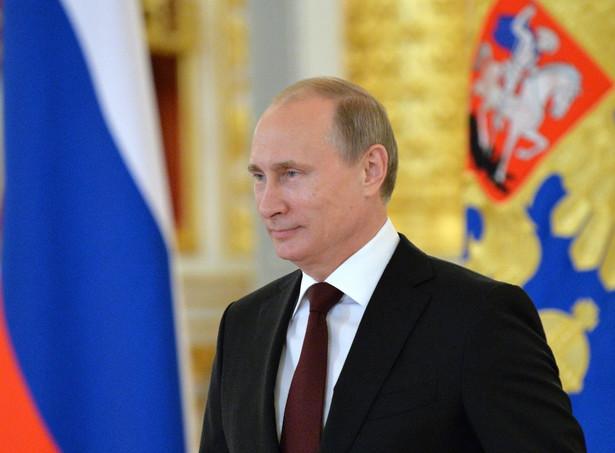 Władimir Putin EPA/YURI KADOBNOV