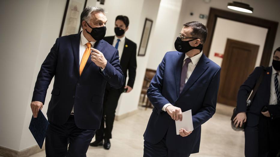 Mateusz Morawiecki és Orbán Viktor egy héten belül másodjára egyeztet személyesen a jogállamisági vita kapcsán / Fotó: MTI-Miniszterelnöki Sajtóiroda-Fischer Zoltán
