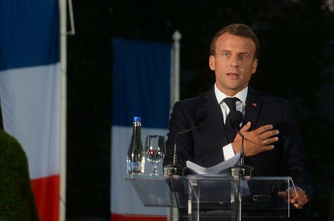 Emanuel Makron ispred Spomenika zahvalnosti Francuskoj na Kalemegdanu