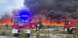 Ogromny pożar składowiska odpadów na Dolnym Śląsku