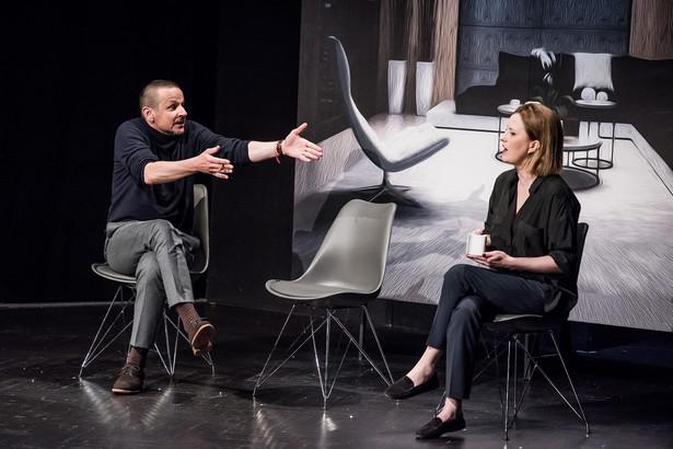 """""""Ludzie inteligentni"""" w Teatrze IMKA (5), fot. Piotr Gamdzyk"""