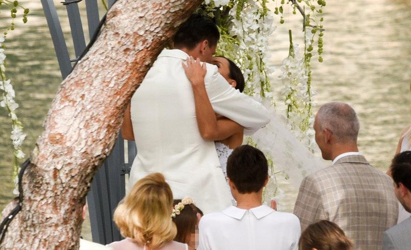 Marina Łuczenko i Wojtek Szczęsny pobrali się w Grecji