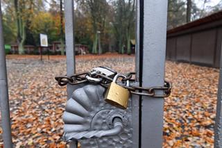 Biznes liczy straty po zamknięciu cmentarzy