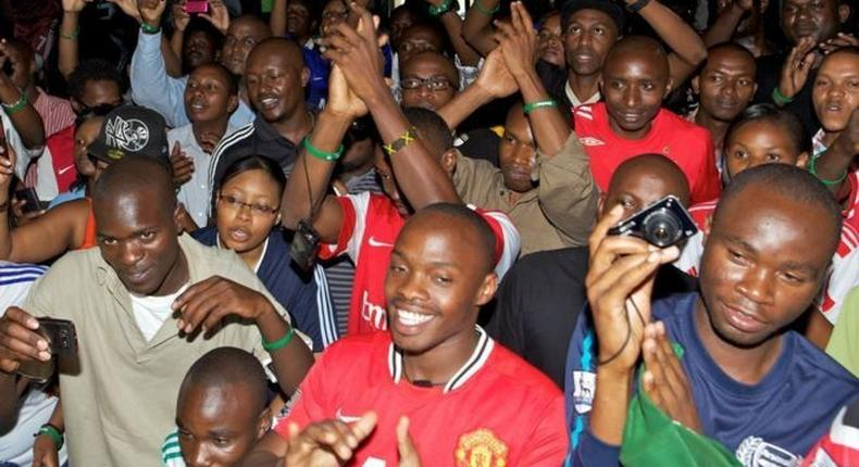 ___7159751___https:______static.pulse.com.gh___webservice___escenic___binary___7159751___2017___8___17___9___Manchester+United+fans+in+Kenya
