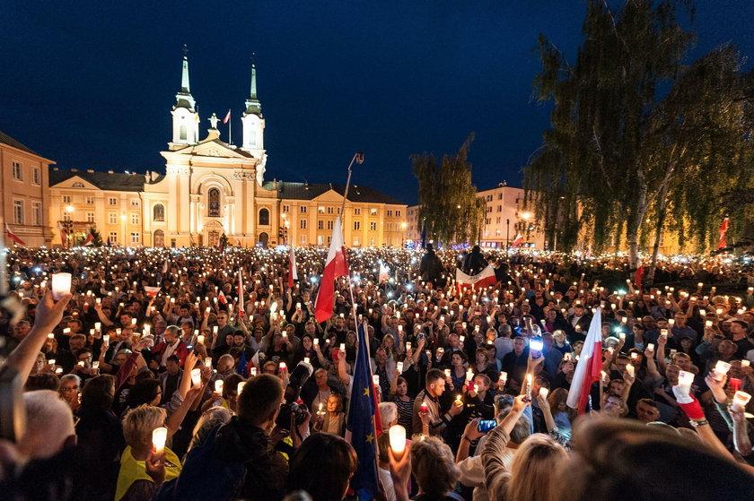 Protest przeciwko ustawie o zmianie Sądu Najwyższego