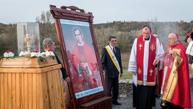 Uroczystości upamiętniające 33. rocznicę śmierci ks. Popiełuszki na włocławskiej tamie