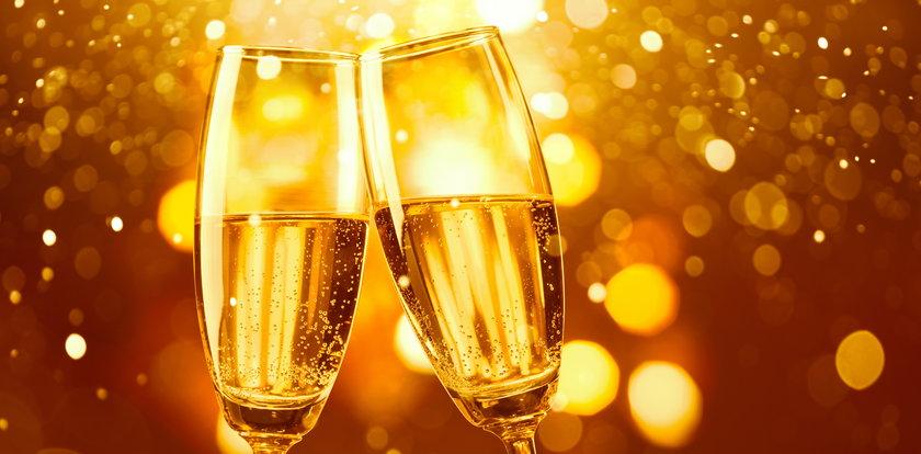 Dlaczego na giełdach leje się szampan i czy można zarobić na akcjach także w 2021 roku?