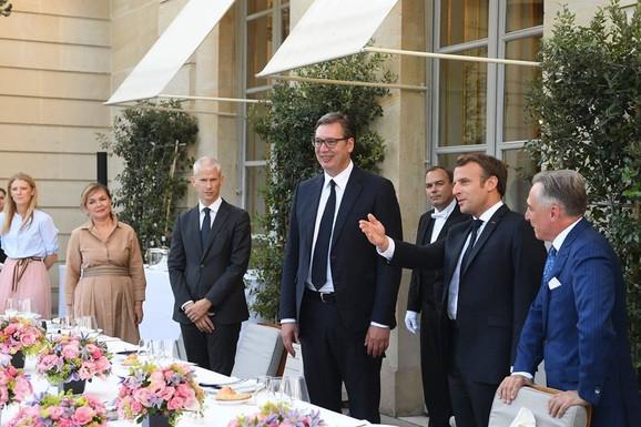 Vučić i Makron u Parizu