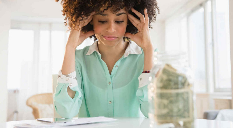 How to deal with a financial emergency and get out of it
