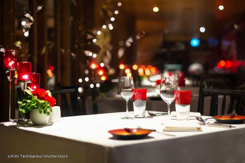 Where to have a romantic dinner in Lagos [Vietnam Travel Guide]