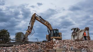Gminy nie będą się rozliczać z odpadów budowlanych