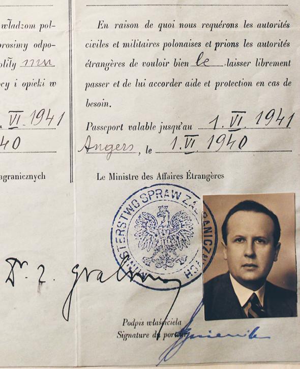 Paszport dyplomatyczny radcy Stefana Ryniewicza