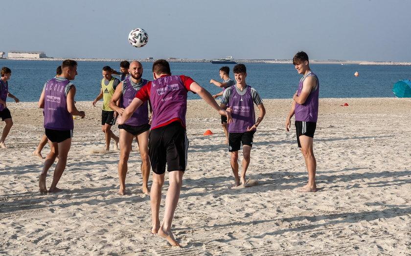 Piłkarze Legii Warszawa przebywają na zgrupowaniu w Dubaju.