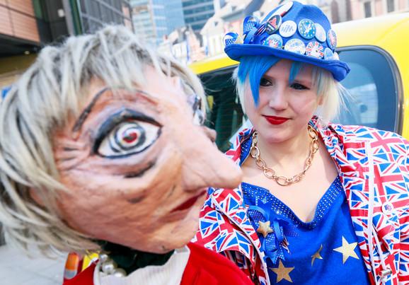 Protesti ispred britanskog parlamenta zbog Bregzita ne jenjavaju