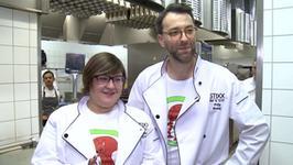 Filip Bobek i Dominika Gwit kucharzami w znanej resturacji. Jak im poszło w kuchni?