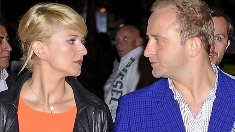 Borys i Justyna spotykają się od kilku miesięcy. Aktor coraz chętniej zabiera partnerkę na branżowe imprezy. Ostatnio pojawili się razem na Orange Kino Letnie.