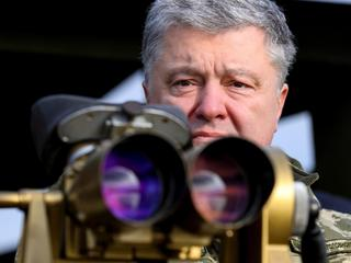 Ukrainian President Poroshenko attends military drills of the Air Assault Forces in Zhytomyr region