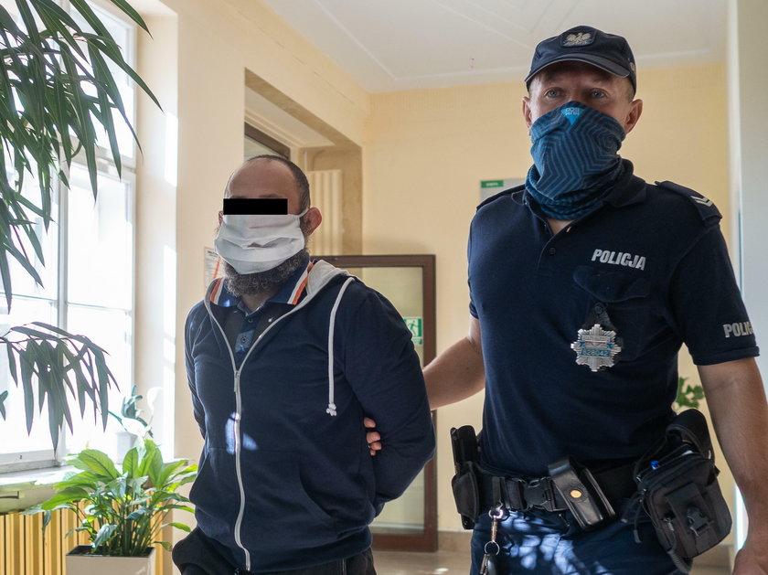 Zabierali seniorom ostatnie grosze, podając się za policjantów