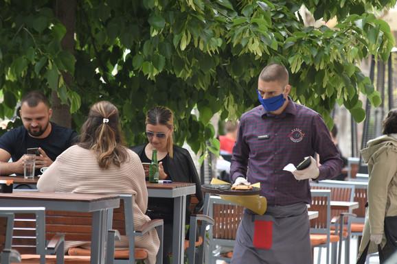 Novosađani se uželeli kafića