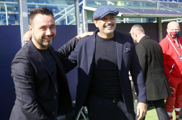 Roberto de Zerbi i Siniša Mihajlović, treneri Sasuola i Bolonje, pred početak meča