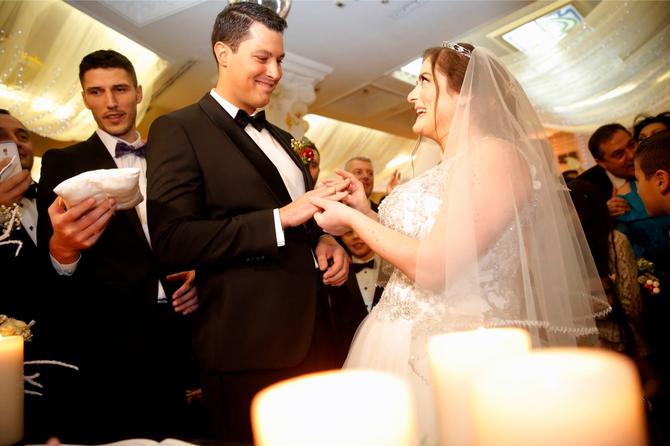To je taj Nikola: Danica sa suprugom