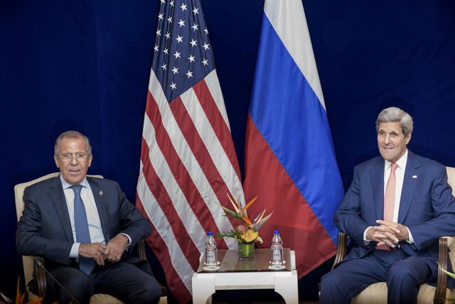 O udruživanju napora protiv terorističkih grupa:Sergej Lavrov i Džon Keri