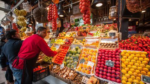 Analitycy przewidują, że wkrótce na świecie zaczną maleć ceny żywności