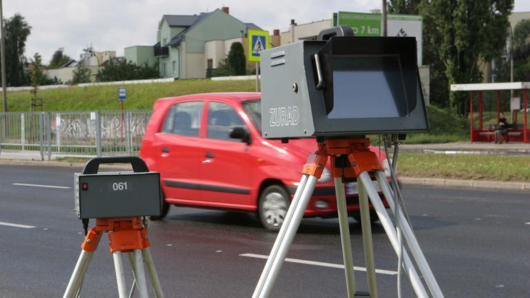 Jak uniknąć mandatu z fotoradaru?