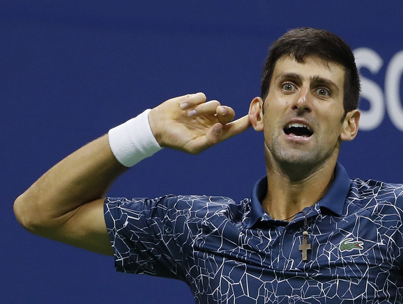 Novakova gestikulacija tokom borbe za titulu