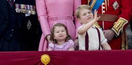 Królewskie dzieci mają zakaz jedzenia przy tym stole