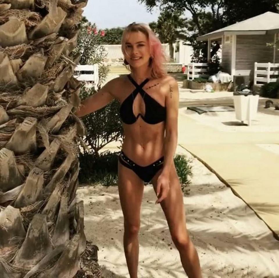 Bikini Julia Kuczynska naked (33 photos), Pussy, Cleavage, Feet, cameltoe 2020