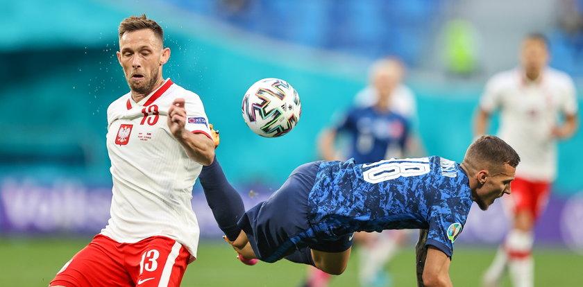 """Dziennikarze oburzeni zachowaniem naszych piłkarzy po meczu ze Słowacją. """"To splunięcie w twarz"""""""