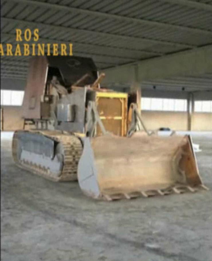 453608_traktor-foto-ap-2