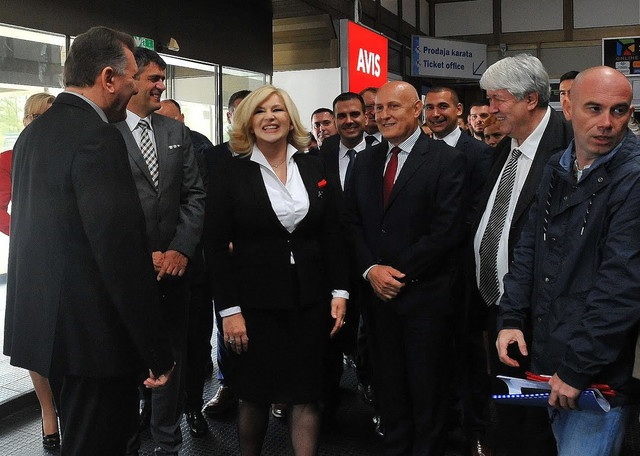 Ministarka na niškom aerodromu sa rukovodstvom aerodroma i grada Niša