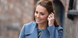 Widzimy brzuszek! Księżna Kate nie ukryje już ciąży