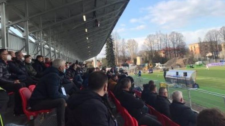 Tłum na stadionie w Częstochowie