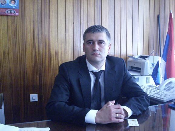 Prošao kroz DSS, DS i SNS: Vladica Dimitrov