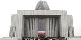 Spotkanie Morawieckiego z Solorzem na terenie Świątyni Opatrzności Bożej! Giertych żąda wyjaśnień