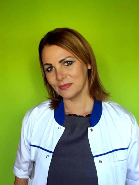 Sandra Karanović - strukovni specijalista Javnog zdravlja, nutricionista-dijetetičar