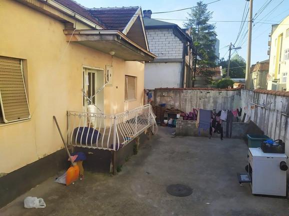 Kuća u Leskovcu u kojoj se dogodio zločin