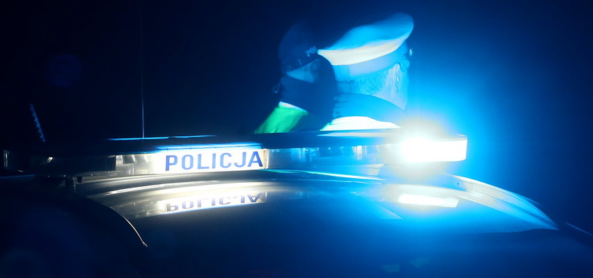 Dantejskie sceny w Zakopanem! Antymaseczkowcy rzucili się na policjantów!