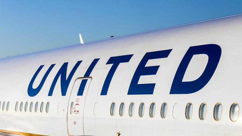Kolejna wpadka linii United Airlines