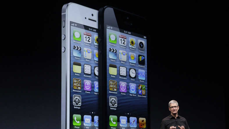Najnowszy iPhone 5 firmy Apple już w sprzedaży
