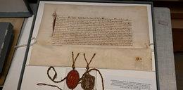 Ze starego strychu na listę UNESCO! Tajemnice archiwów jezuitów z Kłodzka