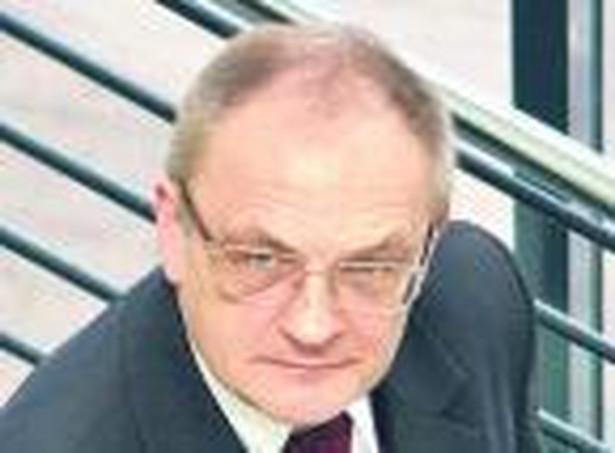 Prof. dr hab. Bogumił Brzeziński, kierownik Katedry Prawa Finansów Publicznych UMK oraz Zakładu Prawa Finansowego UJ.