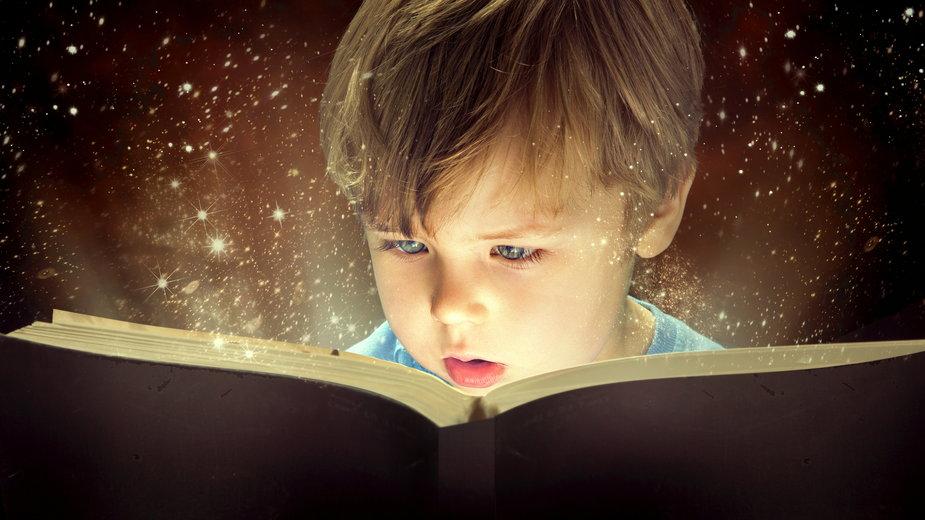 Dzieci uwielbiają historie o duchach