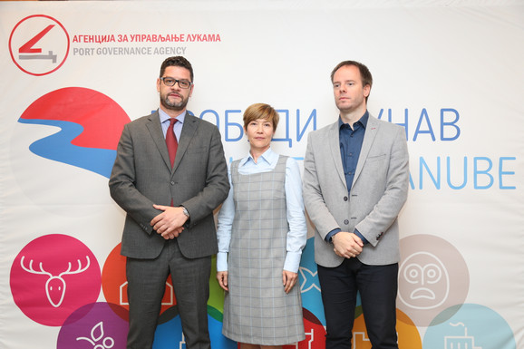 Vuk Perović AUL, Veljko Kovačević Ministratrvo građevine, saobraćaja i infrastrukture, Tatjana Strahinjic Nikolic UNDP