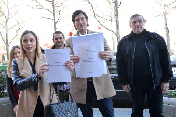 Podršku inicijativi dao je i narodni poslanik SPS Milutin  Mrkonjić